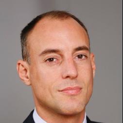 Dr. Monnet Xavier